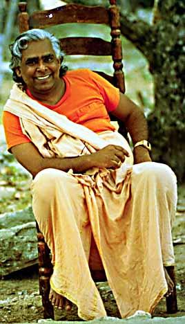 Swami Vishnudevananda